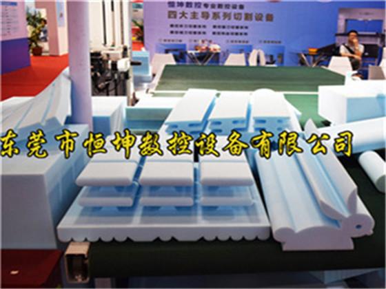 海绵异形切割机设备