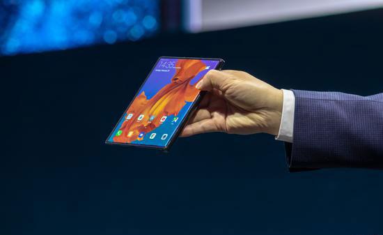 华为折叠屏5G手机Mate X发布:售价超17000元